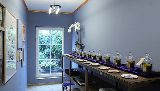 tuxedo uwe van afferden atelier f r corporate interior design. Black Bedroom Furniture Sets. Home Design Ideas