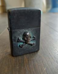 feinschmuck-zippo-skull-02