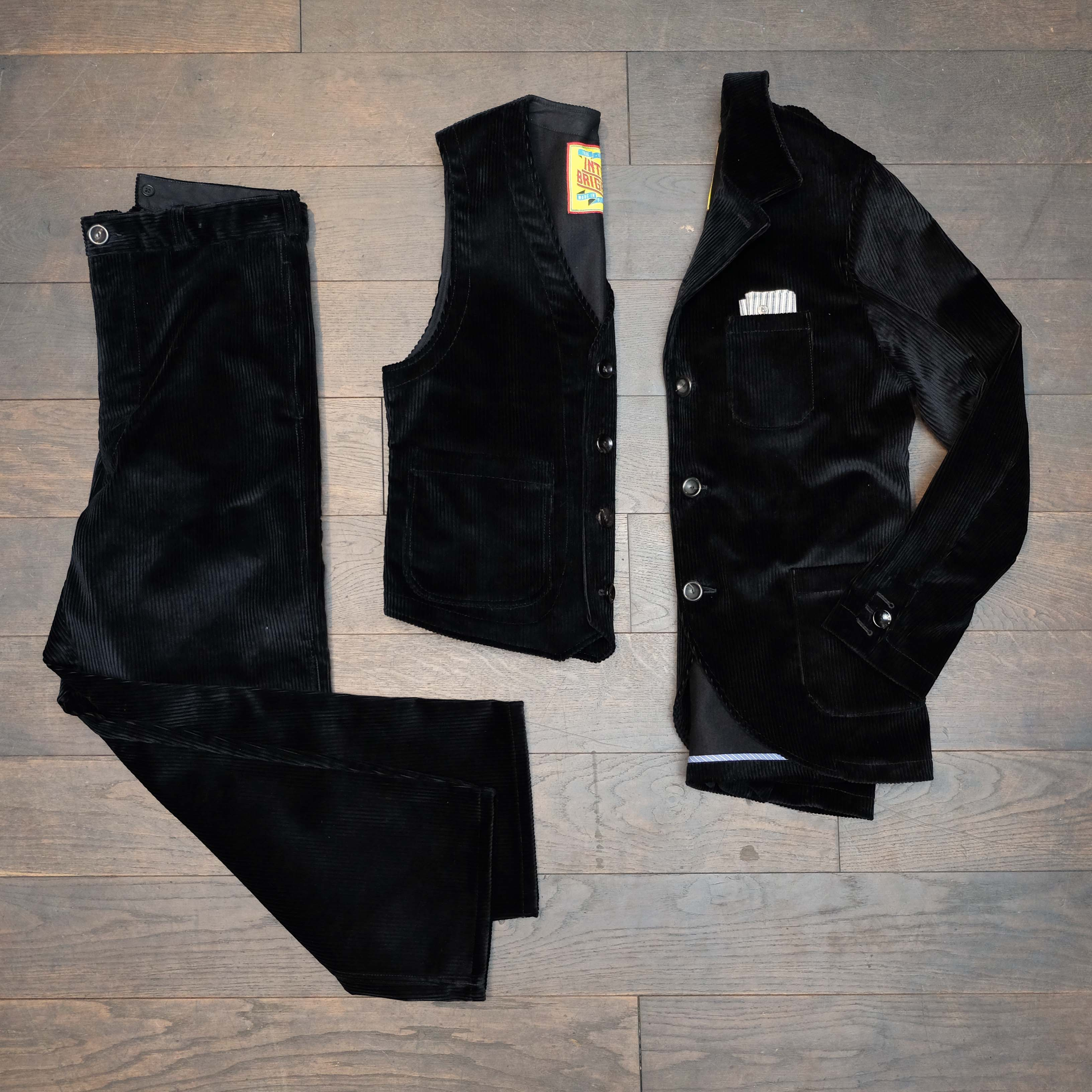 interbrigade-anzug-kord-schwarz