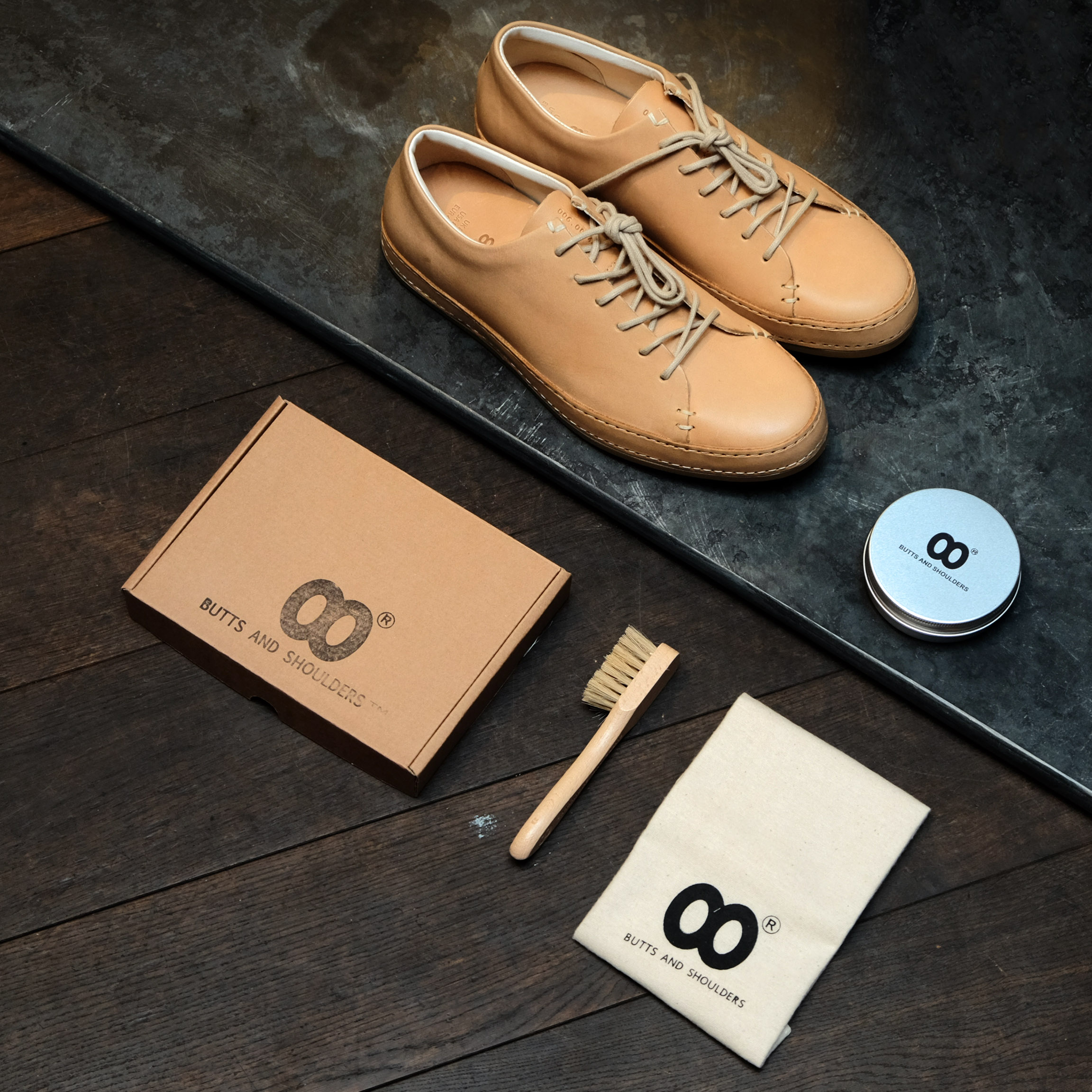 buttsandshoulders-sneaker-neu-leathercarekit