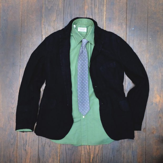 hannesroether-leinen-jacke-schwarz-kennethfield-hemd-gruen-broska-krawatte