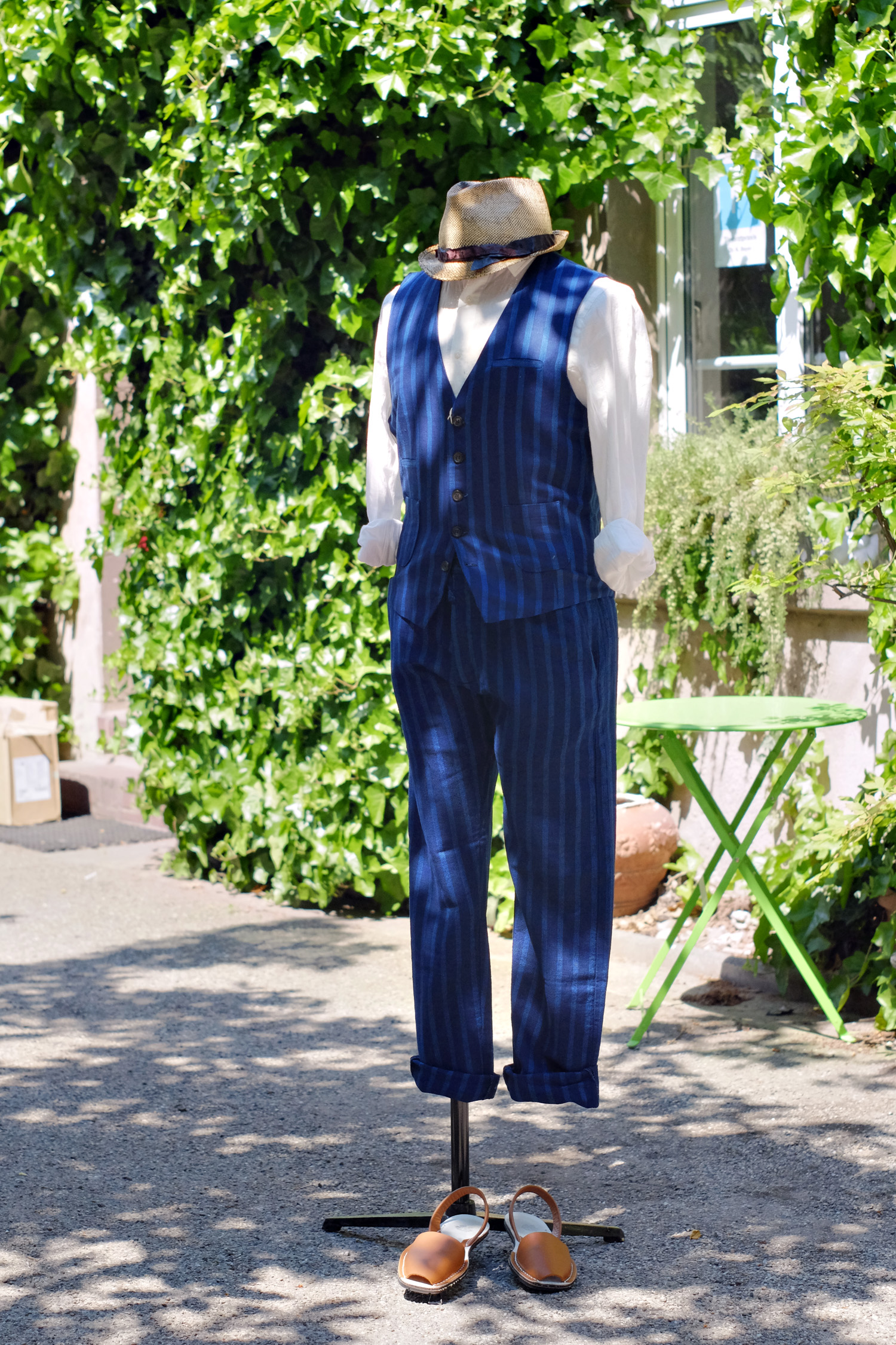 outfit-abcl-japan-weste-hose-streifen-stripes-leinenhemd-blau-01
