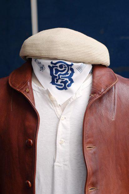 outfit-thedileathers-jacke-m51-vintage-ca4la-beret-blacksign-henley-detail-oben