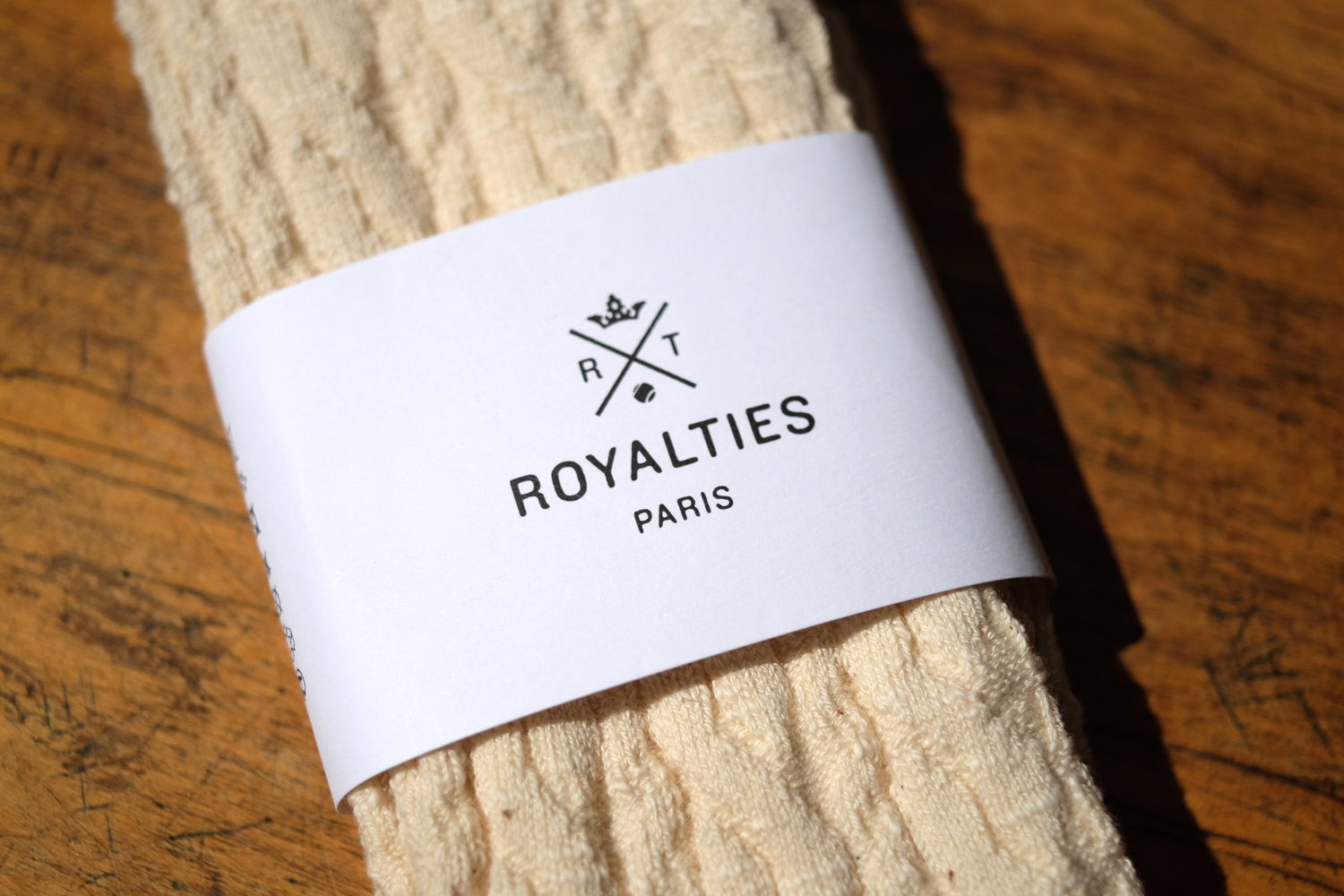 royalties-logo-socken-paris-strick