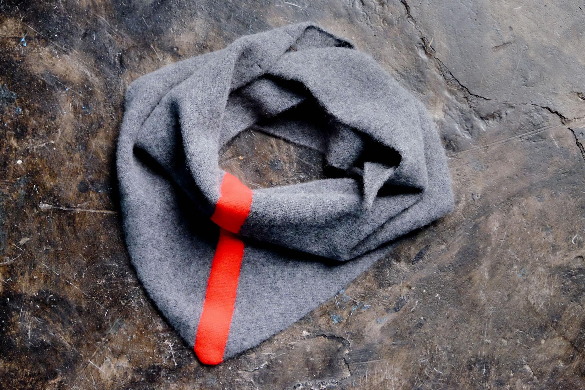 jogordon-schottland-schal-scarf-100%lambswool-bandana-halstuch-wolle-detail