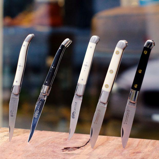 laguiole-messer-taschenmesser-edelstahl-weiß-schwarz-elfenbein-frankreich