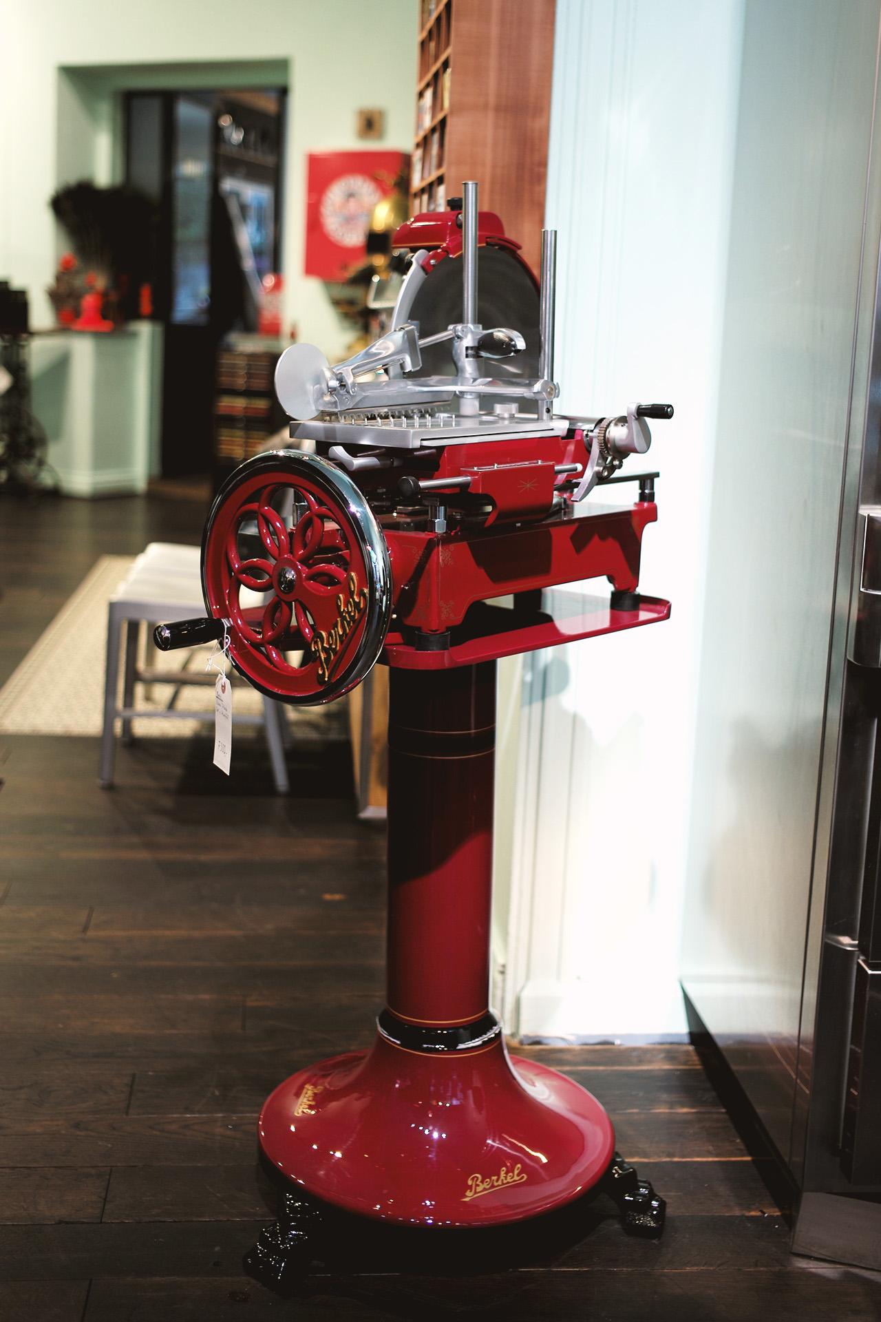 berkel-aufschnittmaschine-mechanisch-aufschnitt-italien-heritage