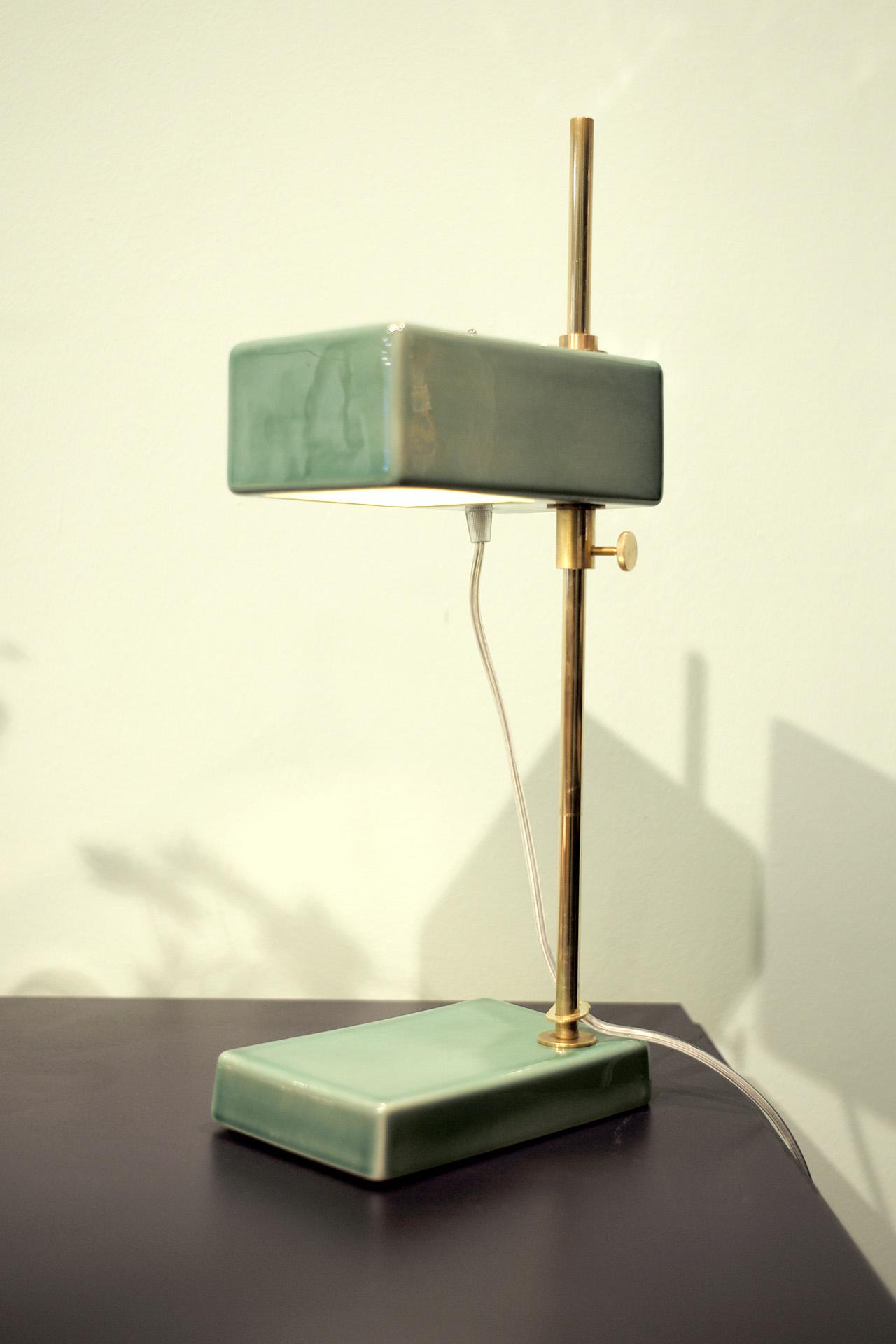 pietheineek-lampe-lasiert-keramik-porzellan-gruen-design
