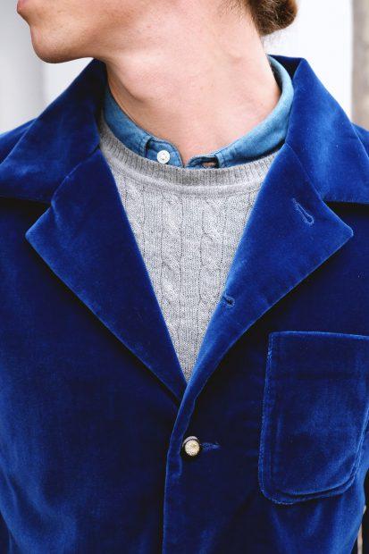 interbrigade-samtsakko-blau-jeans--denim-cold-beanie-outfit-heritage-detail-revers-kragen