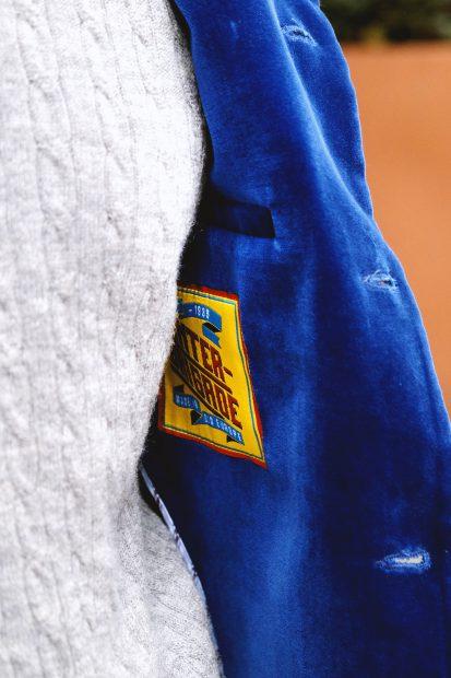 interbrigade-samtsakko-blau-jeans--denim-cold-beanie-outfit-heritage-madeinoldeurope