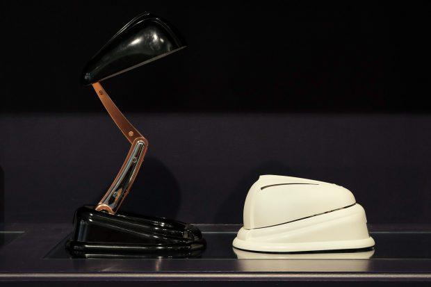 jumoclassique-jumo-lampe-frankreich-design-klassiker-weiss-schwarz-bakelit